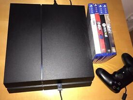 PlayStation 4 (PS4) 500gb console & 4 games ! Amazing condition ! Price stands , no offers !