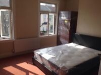 Master Bedroom with share seating room 07738538744