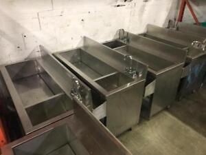 Bar closed ! Ice and bar sinks , double and triple sinks , glass door beer fridges and glass washers / ice machine save!