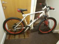 Gt Mountain bike with 26 wheel size and larage frame