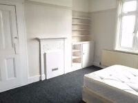 Large double room for one person. Some pets welcome. 5 minute to tube station, many shops