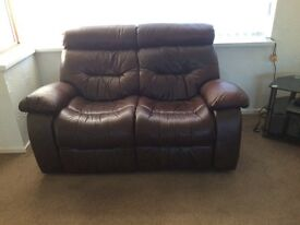 Leather suite in brown/tan. 3&2&1 .reclining suite.