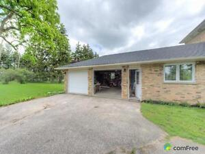 $595,000 - Acreage / Hobby Farm / Ranch for sale in St. Thomas London Ontario image 2