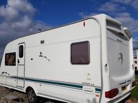 Swift Challenger 500SE 2004 Fixed bed caravan & Isabella Awning