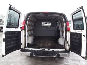 2010 GMC Savana 2500 CARGO,LOAD DIVIDER,WELL OILED,NEW TIRES ! Kitchener / Waterloo Kitchener Area image 7