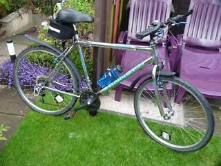 Metal Mountain Gents Hybrid Bike