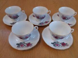 Rose Pattern Tea Set