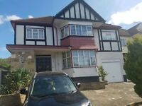 STUNNING 5 BED TO LET IN WEMBLEY. PROFESSIONALS ONLY. AVAILABLE 1ST SEPTEMBER