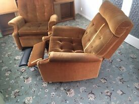 Pair of Parker Knoll recliner chairs