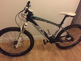 Whyte full carbon Hardtail