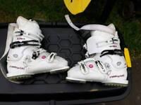 Ski boots ressignol