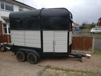 Horse box (rice trailer)