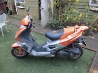 Huatian 50cc scooter for sale with V5 but NO MOT good economical fast bike needs TLC See Video