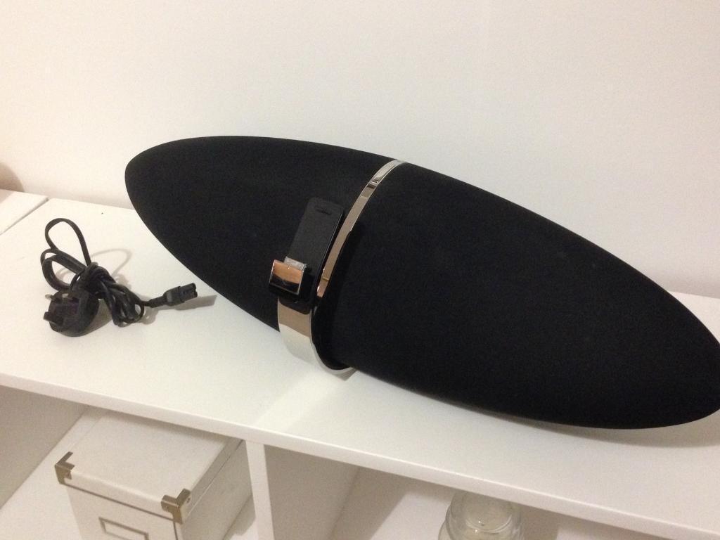 Bowers and Wilkins Zeppelin air wireless speaker