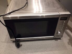 BROKEN microwave (for parts or whatever)