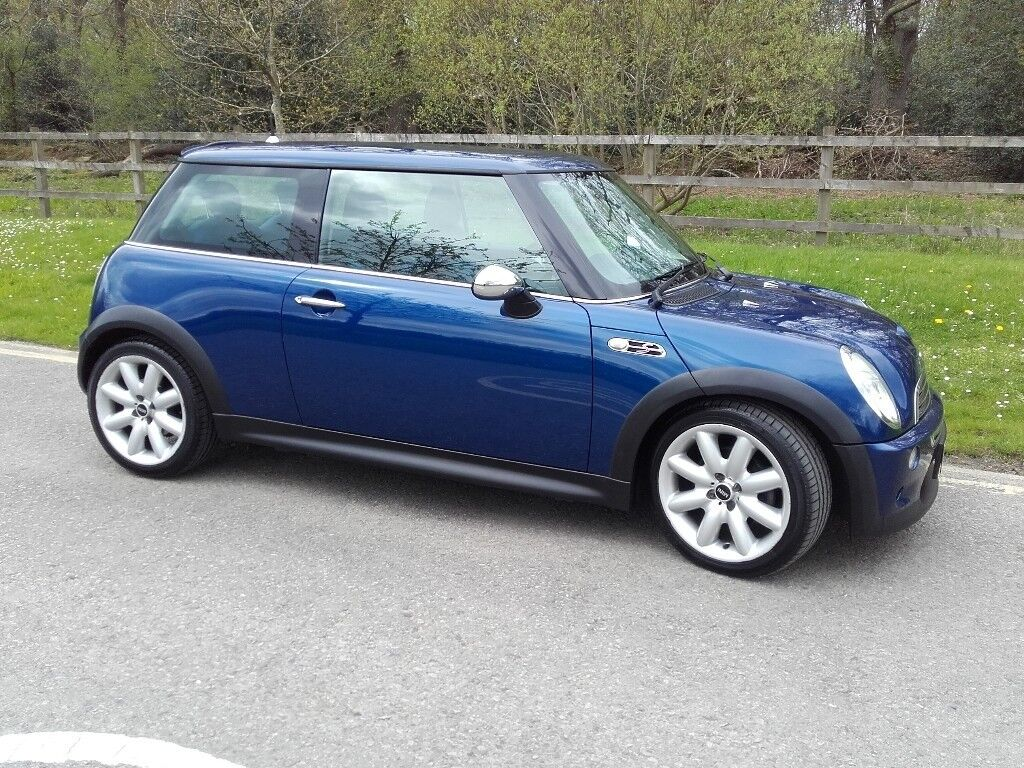 Stunning Mini Cooper S R53 2003 Metallic Blue With Chrome Detailing