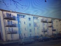 2 bed bedroomed Flat house Faifley Clydebank upper floor with white goods RENOVATED avail February