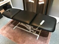Electric massage bench with 3 adjustable sections