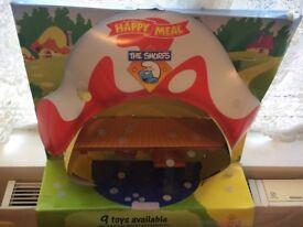 McDonalds Smurf Display WITH SMURFS, 2002