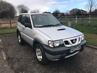2002 Nissan Terrano ll, 2.7 Diesel, silver, excellent condition