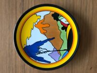 """CLARICE CLIFF Wedgwood plate """"FANTASQUE MOUNTAIN"""""""
