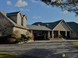 $1,800,000 - Bungalow for sale in Bethany