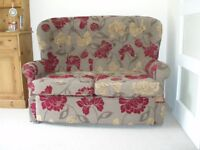 2 Seater Cottage Style Sofa