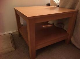 SMALL COFFEE TABLE WITH SHELF