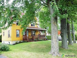 350 000$ - Maison 2 étages à vendre à St-Antoine-sur-Richelie Saint-Hyacinthe Québec image 2