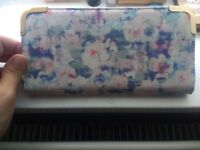New Look Ladies Womens Floral Purse