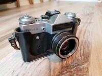 Zenit-e oldschool camera vintage original