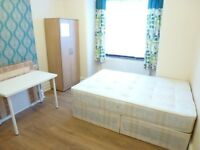 NICE SINGLE ROOM TO RENT - ZONE 2 - **OVAL** - CALL ME AND GRAB IT NOW - AVAILABLE NOW