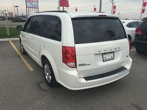 2012 Dodge Grand Caravan SXT Great Family Vehicle !!!!!! London Ontario image 3