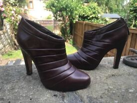 All saints brown leather boots size 5