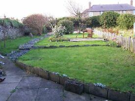 2 Bedroom House, Fully Furnished. Large Walled Garden. Near Old Harbour in Portsoy.