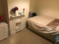 Conveniently situated for the town centre, Reading West station & local bus routes (3/4 Bedrooms)