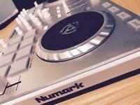 Numark Mixtrack II - DJ Controller