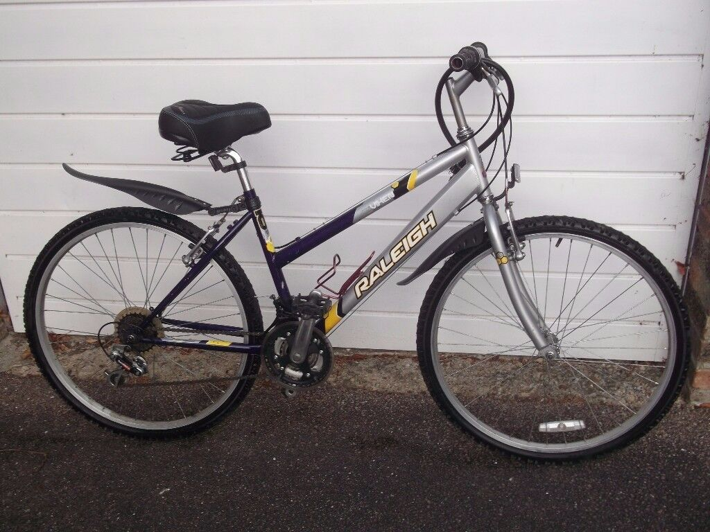 ladies Raleigh bicycle little used all working looks great