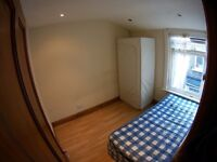 1st April - £115 single room, 5 bedrooms house, garden, all bills included. Refurbished free wi-fi