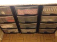 Drawers storage