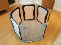 Lindam Safe and Secure Fabric Playpen *mesh sides* *grey padded floor cover*