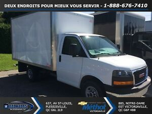 2014 GMC Savana 3500+RAMPE+12 PIEDS+ ROUE SIMPLE