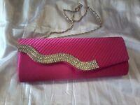 JUST BEAUTIFUL!!! BRAND NEW!! BARGAIN PRICE!!! Lovely CLASSY, Quality CLUTCH Handbag Inc straps