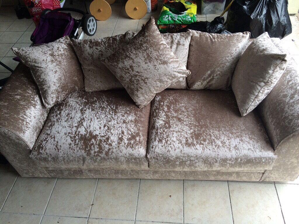 Brand New 3 Seater Rose Gold Crushed Velvet Sofa In