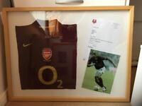 Signed Arsenal Shirt (totally unique)