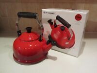 Le Creuset Whistling Stovetop Kettle