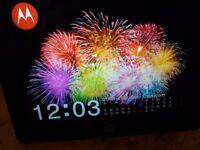 "Motorola 8"" Digital Photo Frame"