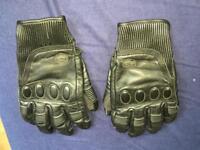 Knox Black Leather Motorcycle Gloves