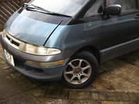toyota estima emina spares or repair runs but noisy engine and has oil drip.MOT 2 months .On sorn