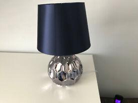 Ceramic table lamp - excellent condition